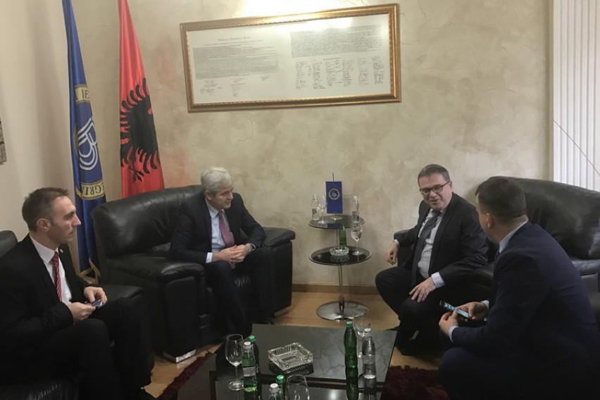 Ахмети  Македонските партии веднаш да се заложат за итно решение  ДУИ ќе продолжи со конструктивните напори