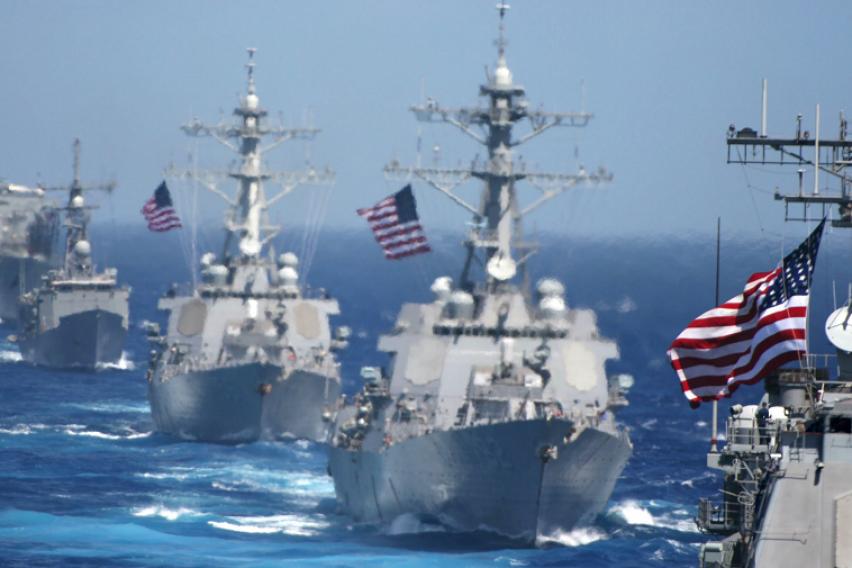 Армадата се враќа  Американските воени бродови сепак пловат кон Северна Кореја
