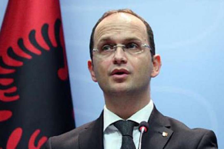 Бушати  Албанија е најразвиена демократија на Балканот