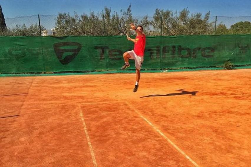 Јотовски запрен во полуфиналето во двојки во Анталија