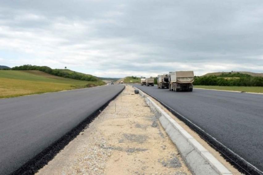 Владата го одобри анекс договорот за завршување на автопатот Миладиновци Штип