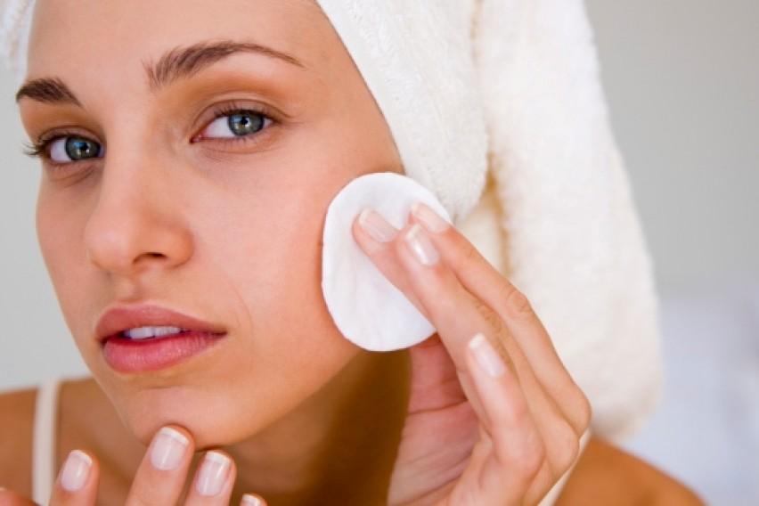 Резултат со слика за чистење на лицето