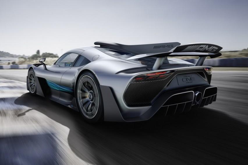 Project One  Mercedes го ослободи  ѕверот