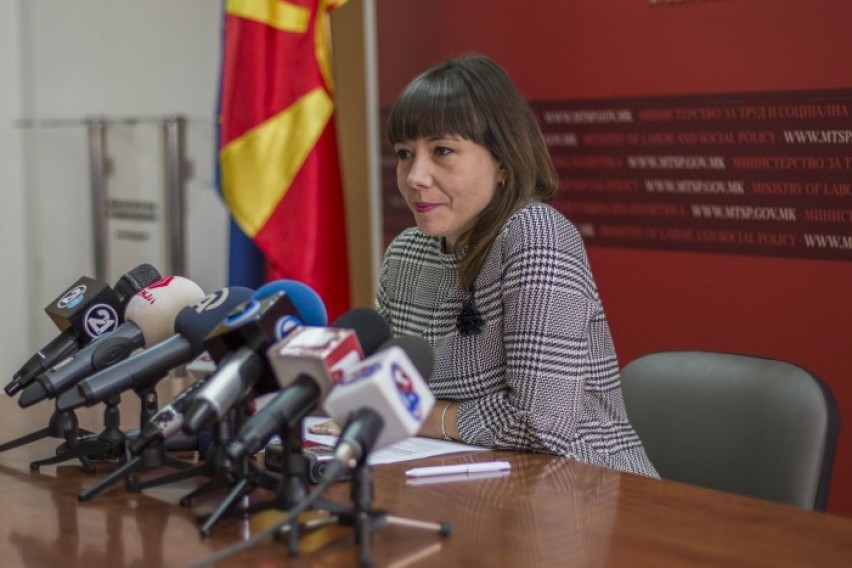 Министерството за труд и социјала ги покачи платите во градинките за 2 отсто