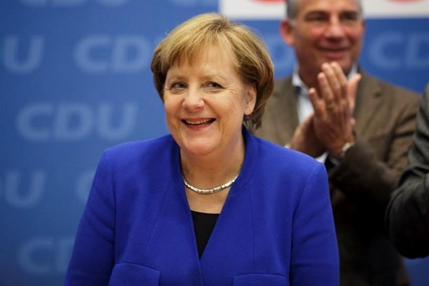 Во холандските училишта Меркел е попозната од Хитлер