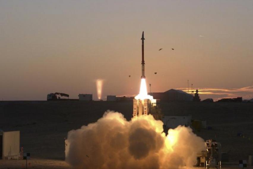 Конвои со израелски ракетни системи се распоредуваат на границата со Сирија  Подготовки за нова војна на Блискиот исток