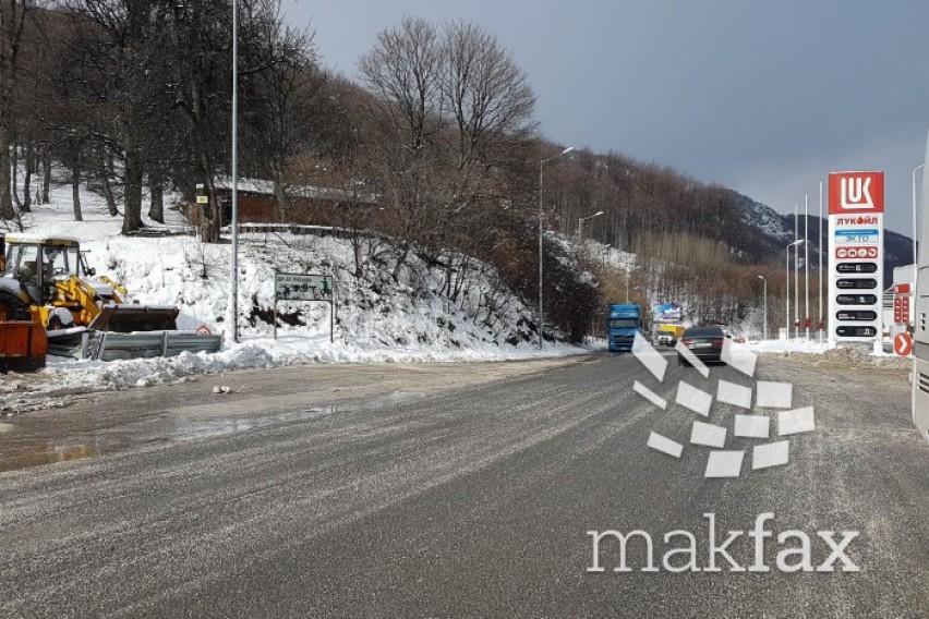 АМСМ  Нормализиран сообраќајот на речиси сите патни правци во државата