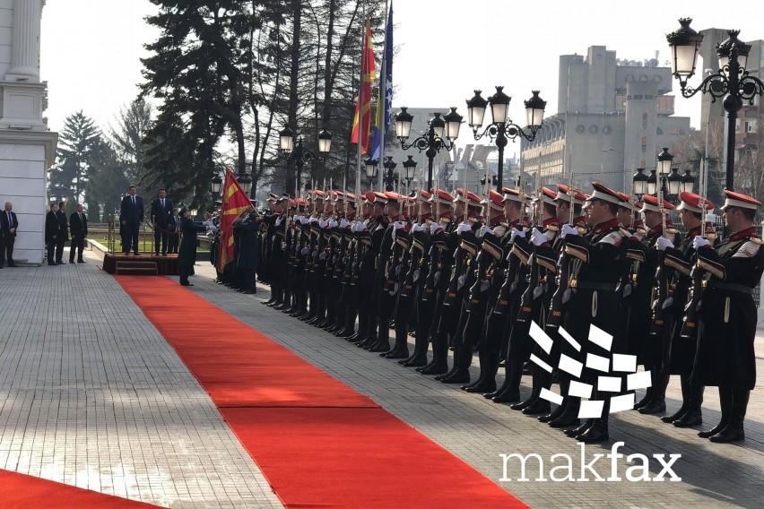 Претседавачот на БиХ  Звиздиќ пристигна во Влада