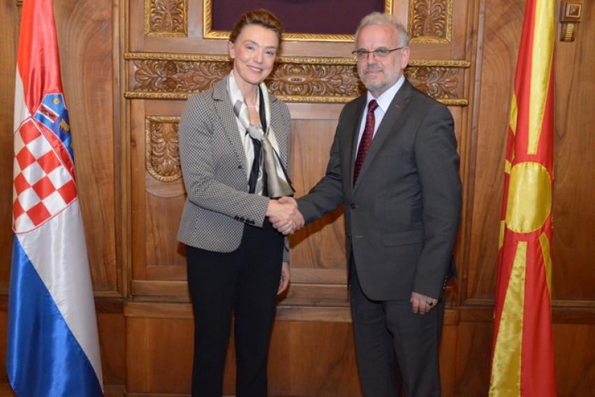 Џафери  Значајна е поддршката од Хрватска за евро атлантските интеграции
