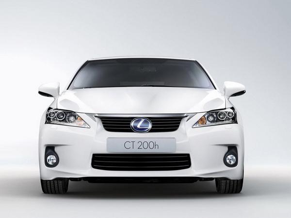 Премиум хибрид од компактната класа - Lexus CT 200h Lexus-CT_200h-(10)