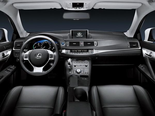 Премиум хибрид од компактната класа - Lexus CT 200h Lexus-CT_200h-(13)